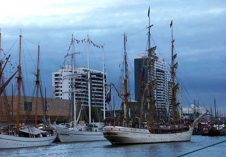 Im Neuen Hafen