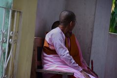 im nonnenkloster, yangon, burma 2011