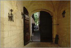 Im Palais du Roure