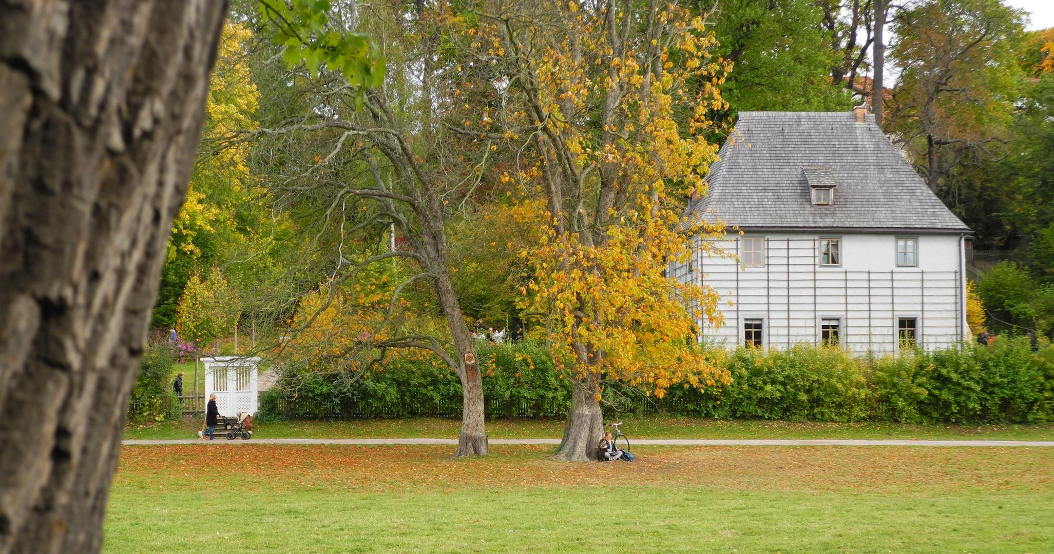Im Park an der Ilm mit Goethes Gartenhaus