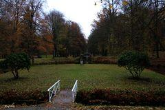 Im Park vom Schloß Hermsdorf