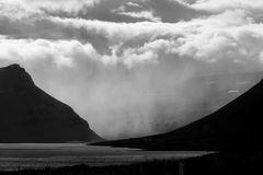 Im Regen verschwunden,--Island--