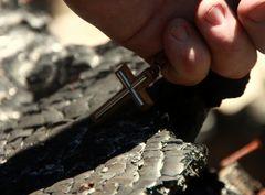 Im Schatten des Kreuzes