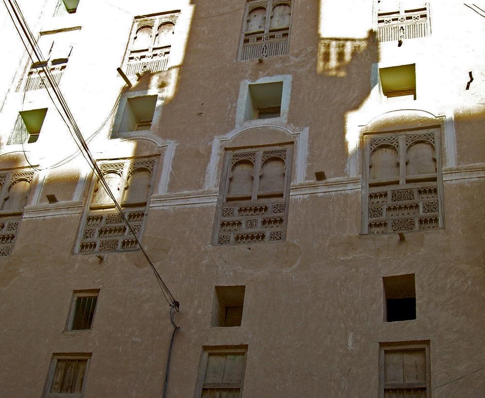 Im Schatten des Minarettes (Shibam)
