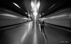 Im Sog des U-Bahnhofs..