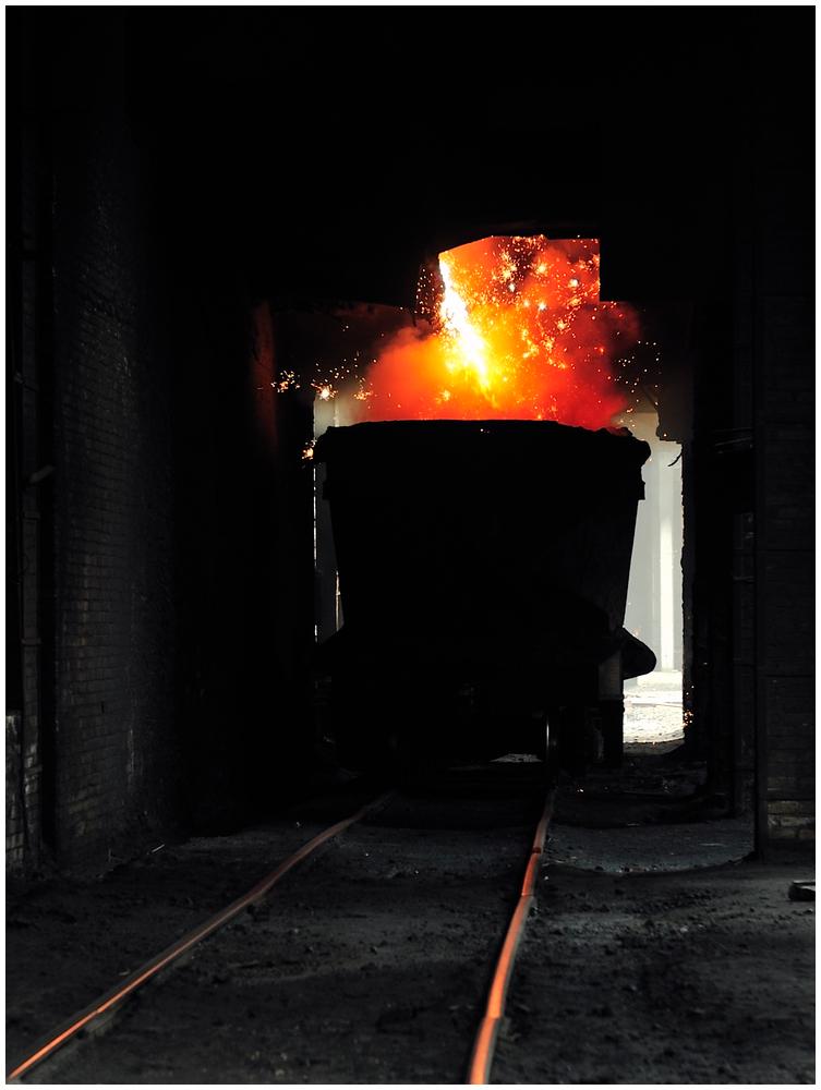 Im Stahlwerk XIX - Am Hochofen III