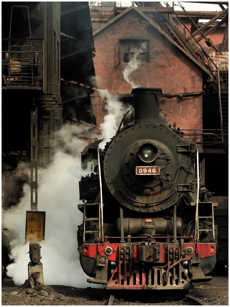 Im Stahlwerk XXX - Dampflok SY 0946