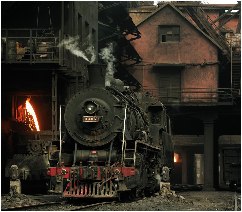 Im Stahlwerk XXXI - Nochmal: Schlackeabstich