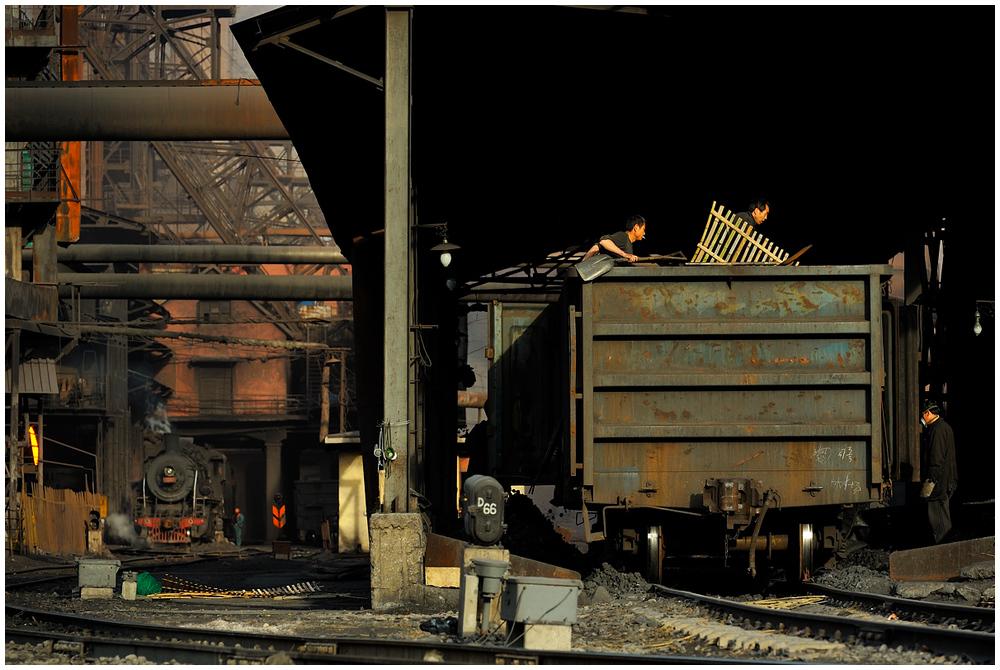 Im Stahlwerk XXXIX - Die Drei von der Koksentladung II