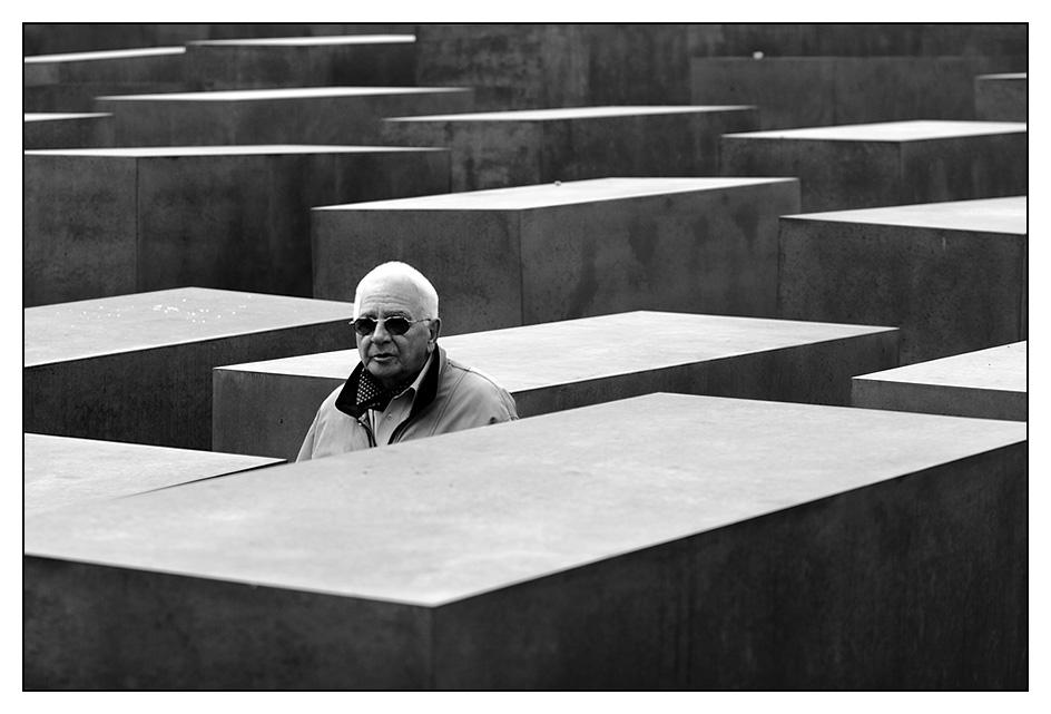 Im Stelenfeld_03 / Denkmal für die ermordeten Juden Europas