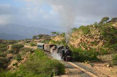 Im tieferen Bergland Eritreas