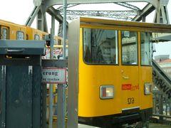 Im U-Bahnhof Gleisdreieck 002