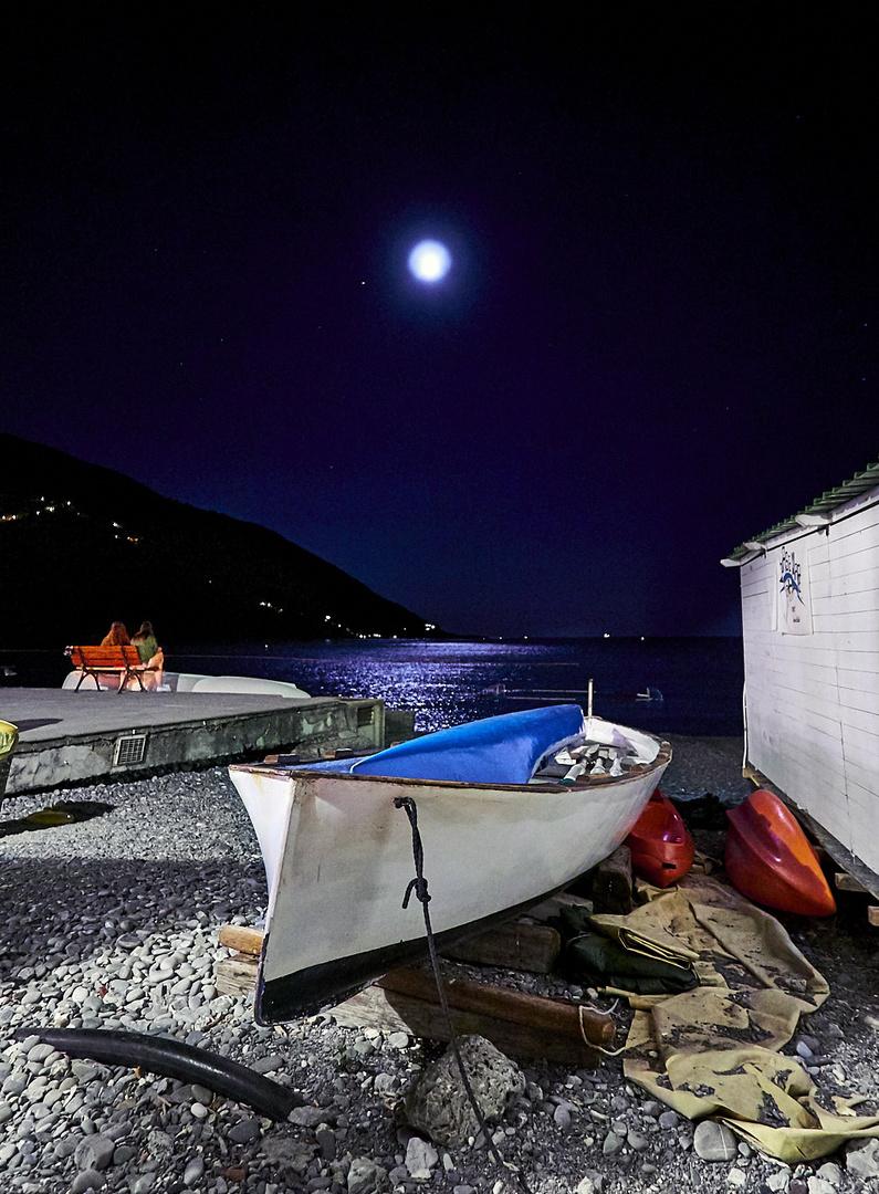 Imbarcati dalla luna