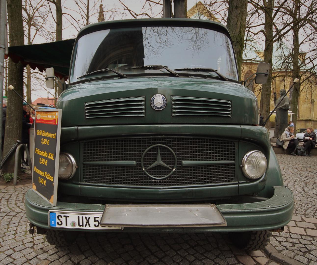 Imbiss-Truck am Münstermarkt