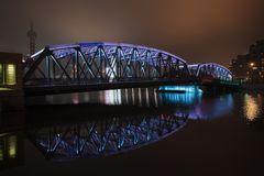 IMG_2769  WaiBaidu Bridge  hellblau
