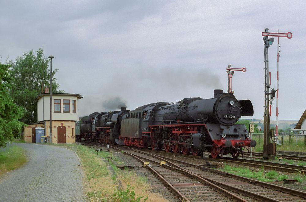 Immelborn, 41 1144-9 und 52 8075-5