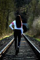 Immer den Bahngleisen entlang