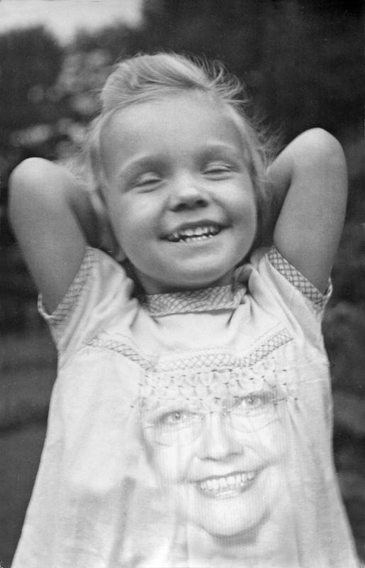 Immer lächeln ? von Elisabeth Catenaruscella
