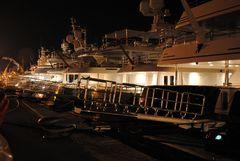 Imperia Nachts am Hafen