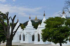 ...Impressionen aus der Kuthodaw Pagode...