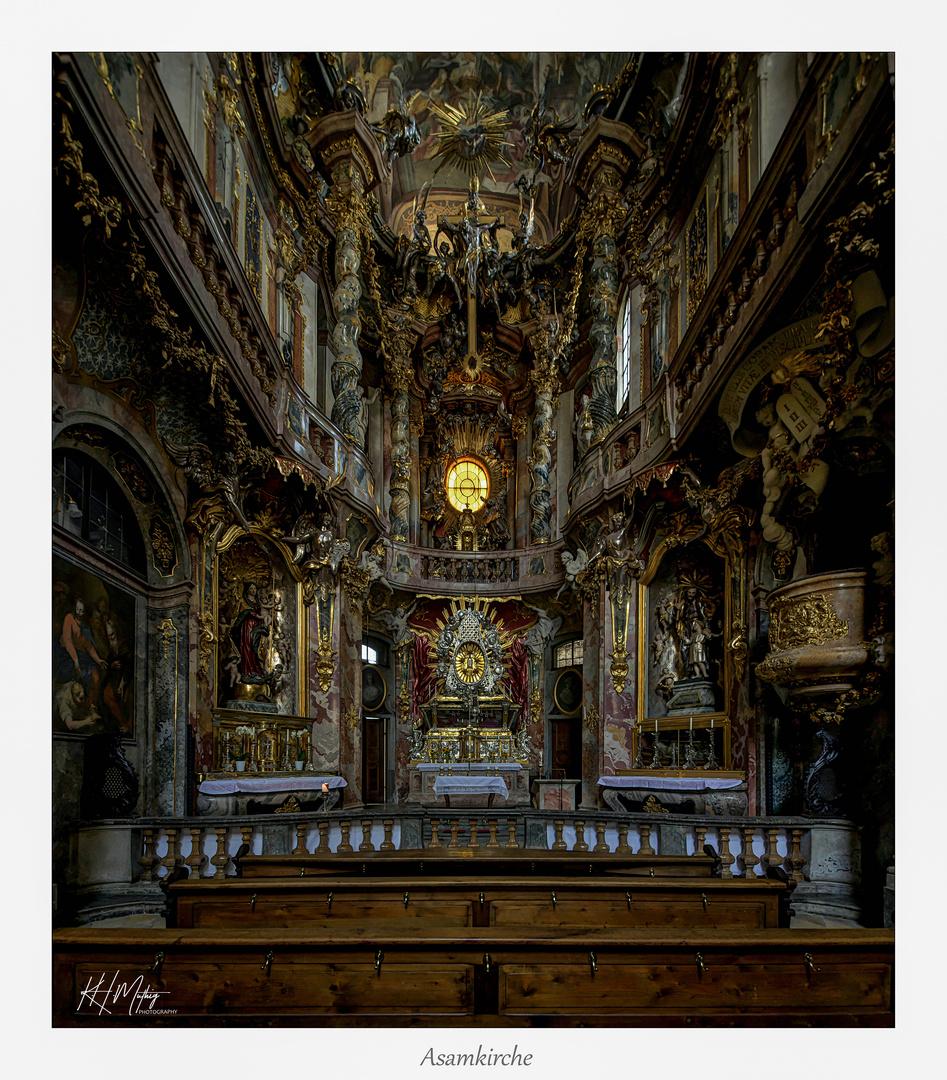 *** Impressionen aus der _St.Johann-Nepomuk-Kirche in München ***
