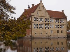 Impressionen vom Herbstmarkt im Park von Wasserschloss Hülshoff ...