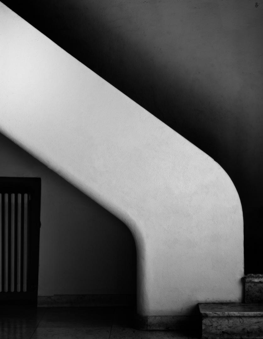 impressions from a art-deco villa