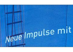 Impulse... Blau Weis ist Schwarz Weis nur Panaschiert... Und was ist dahinter??