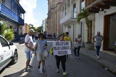 in Cartagena brodelt es großer Streik gegen den Staat