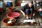 In China a butcher er braucht auch ein solid training in welding !