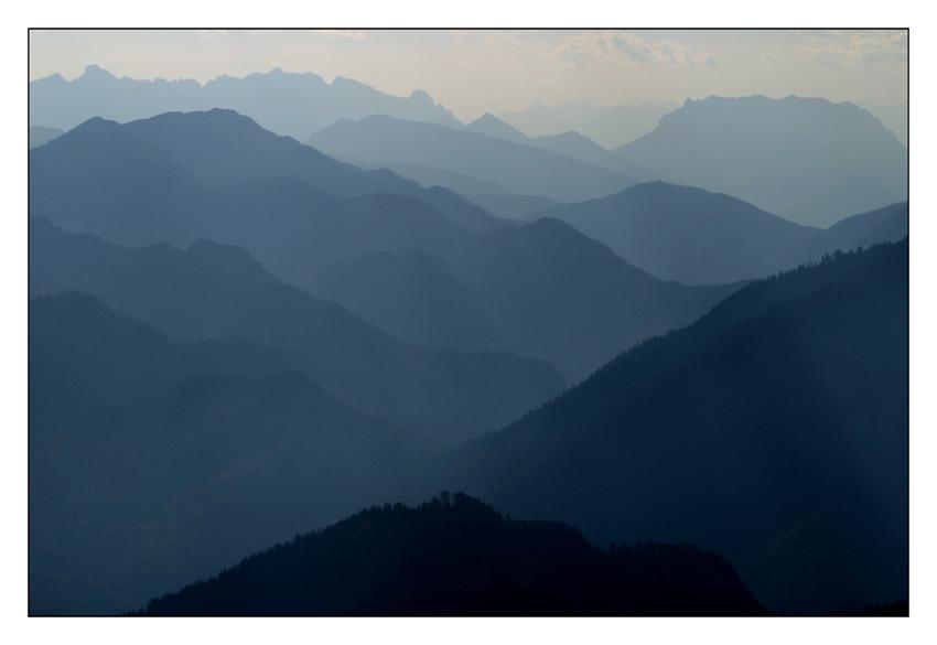 In den blauen Bergen