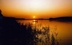 In den Sonnenaufgang