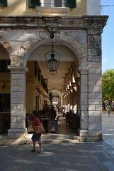 In den Straßen von Korfu