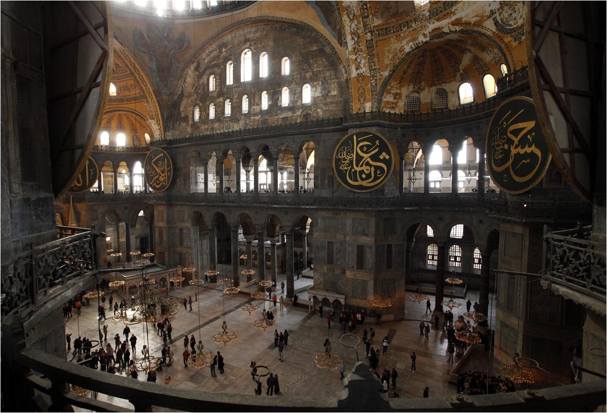 In der alten Kirche, in der alten Moschee