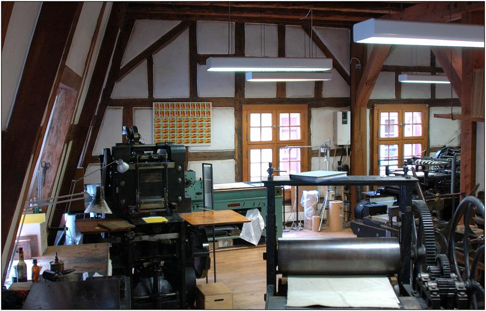 ... in der Basler Papiermühle ...