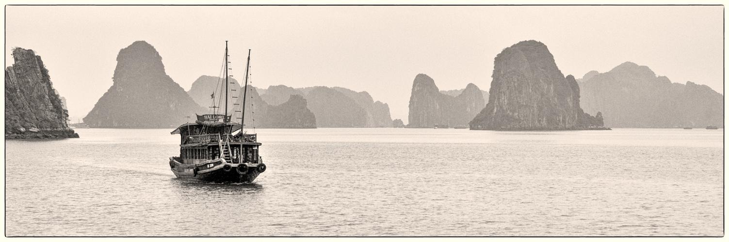 In der Halong - Bucht