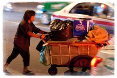 In der Hitze der Nacht - Müllsucher in Saigon