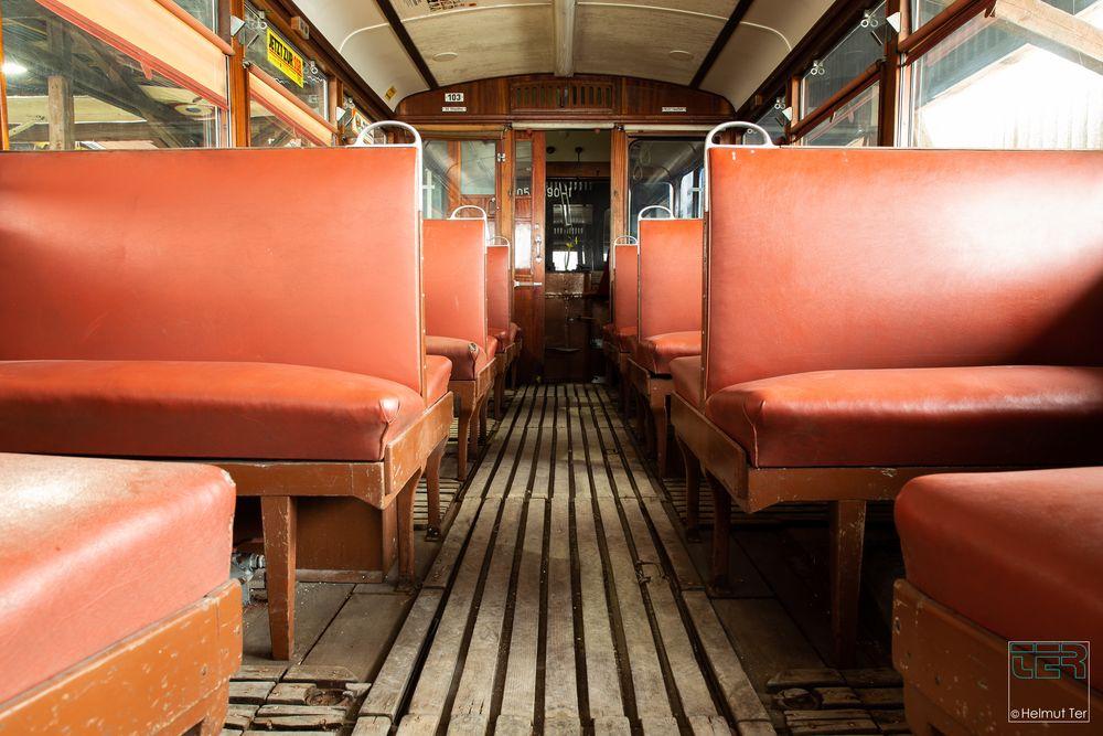 In der letzten Tram fährt niemand mehr.
