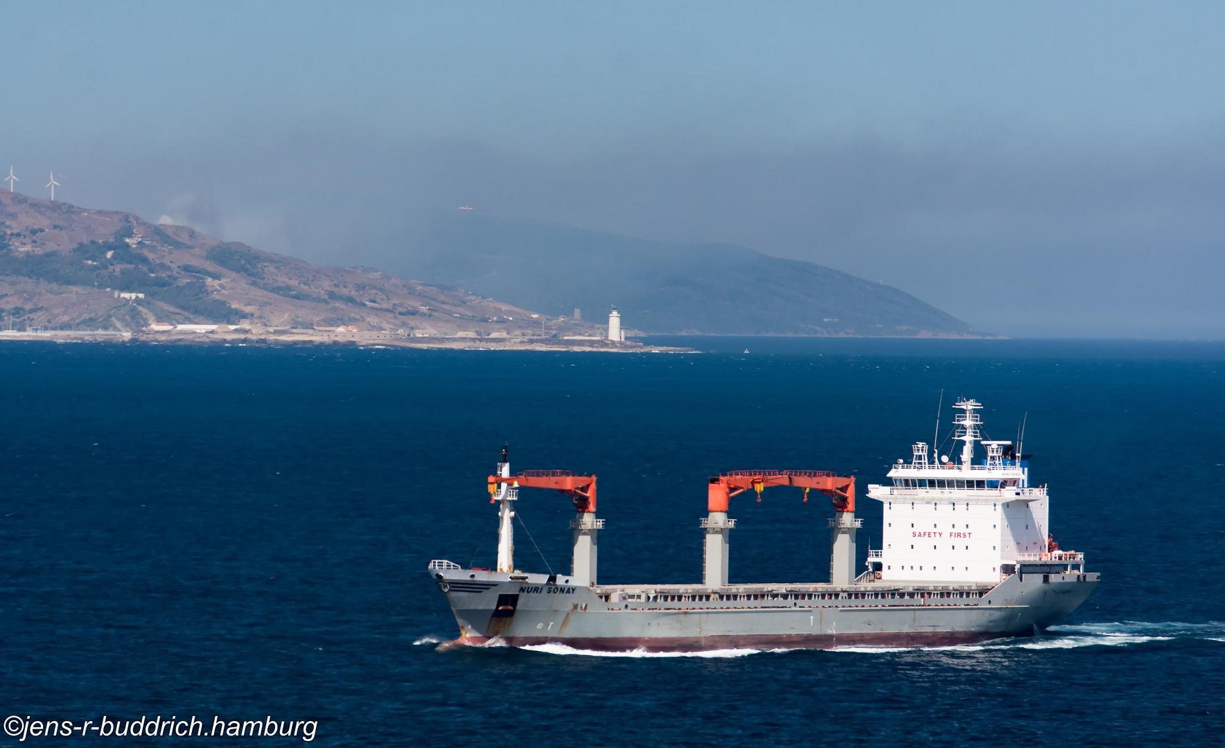 In der Strasse von Gibraltar