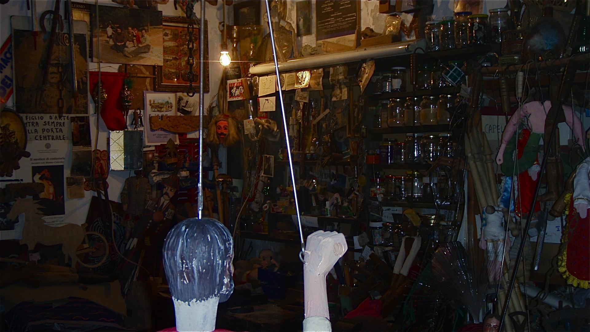 in der werkstatt des marionettenmeisters, palermo 2007