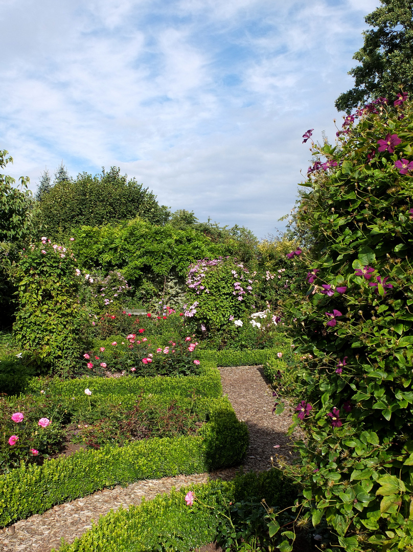 In Einem Schönen Garten 2 Foto Bild Gärten Natur Landschaft