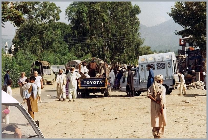 In einer Kleistadt , Karakorum Highway Pakistan