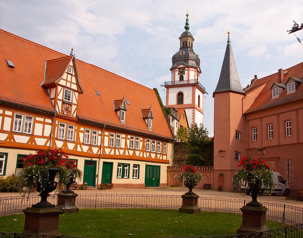 In Erbach Im Odenwald Am Erbacher Schloss Foto Bild