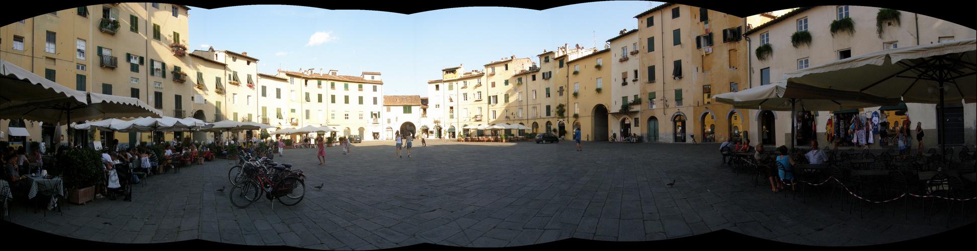 In giro per Lucca