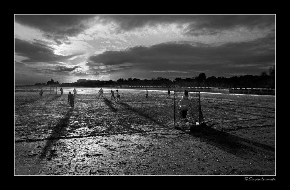 ....in spiaggia, d'inverno....