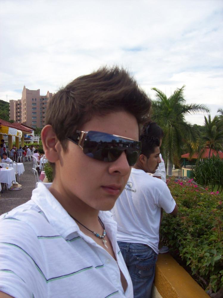 In the fashion playa