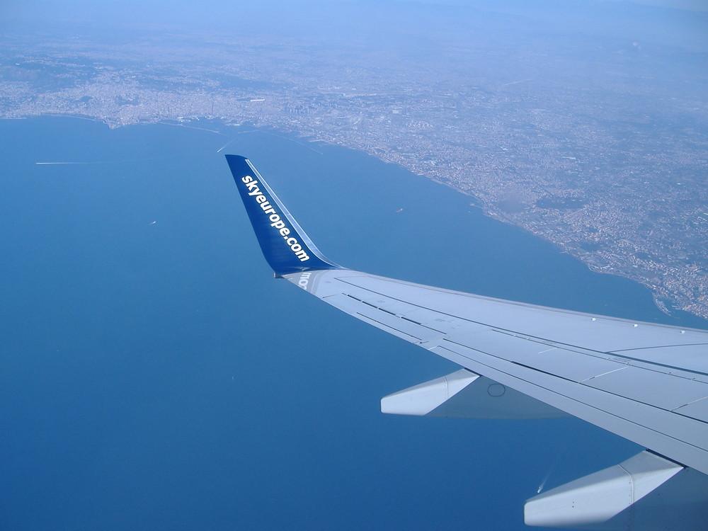 In volo su Napoli