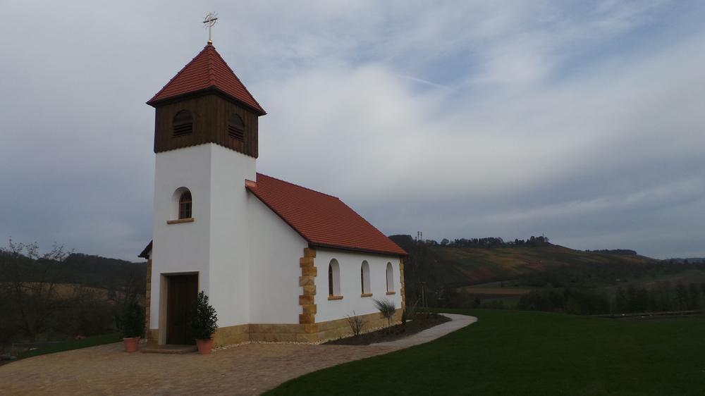 in was für einem ort ist die kirche von andrea berg...