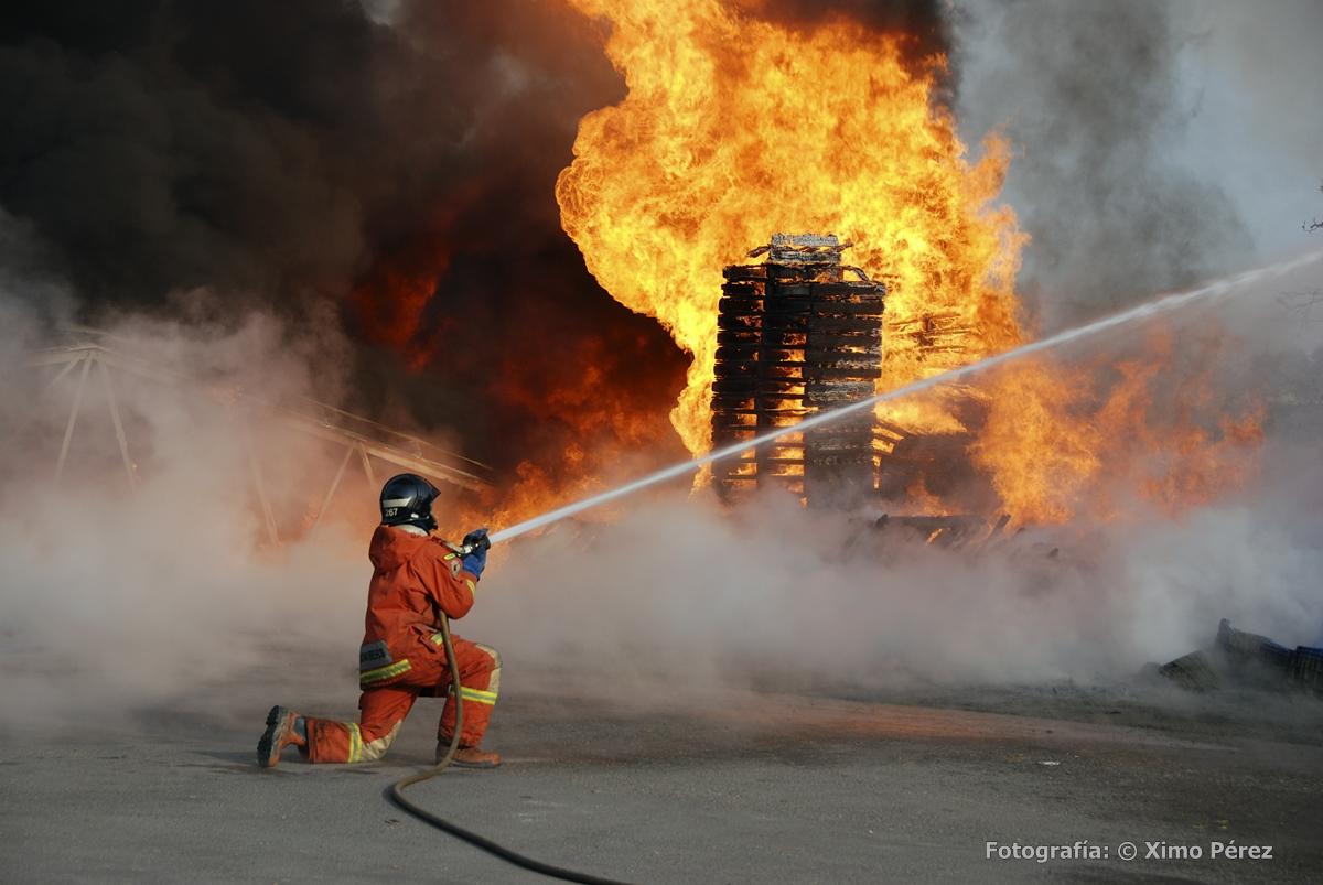 Incendio fabrica de palets