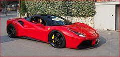 Incontournable…Ferrari et rouge… !